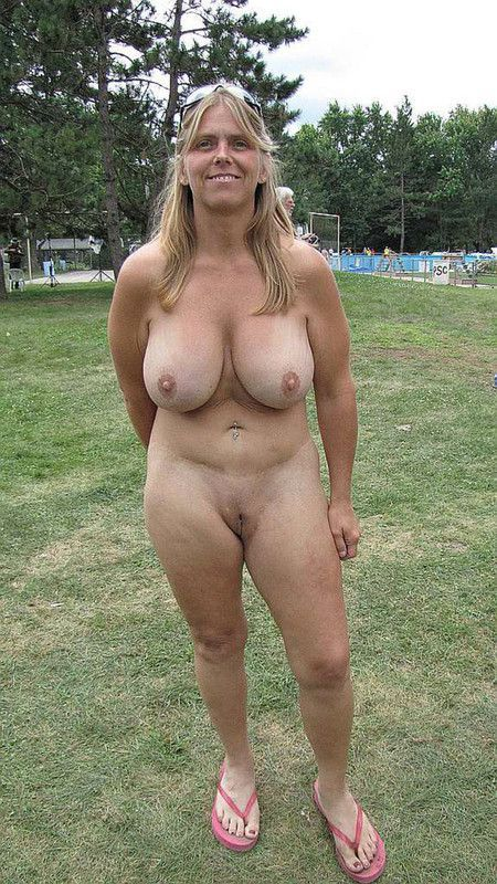 Femme Mature Gros Seins Nue